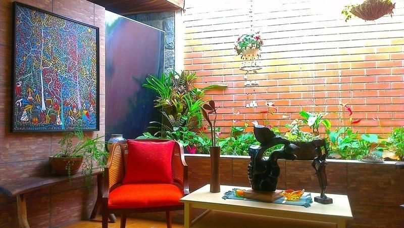 Casa Distrito Metropolitano>Caracas>Lomas de La Trinidad - Venta:52.953.000.000 Bolivares - codigo: 14-3909