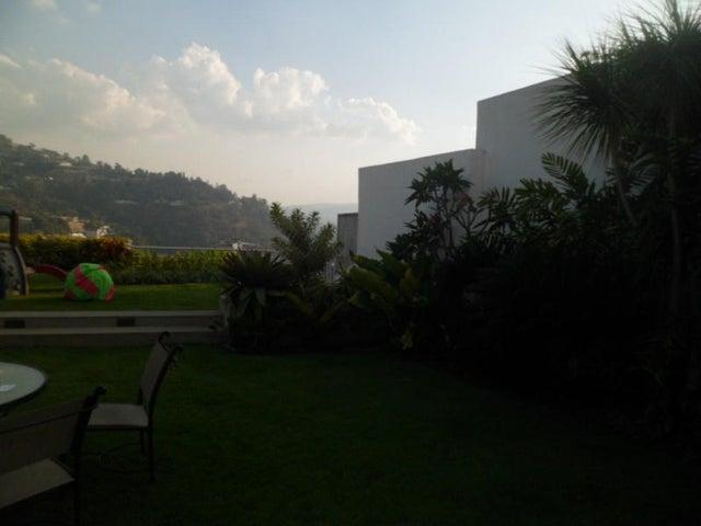 Casa Distrito Metropolitano>Caracas>Santa Paula - Venta:639.502.000.000 Precio Referencial - codigo: 14-3957