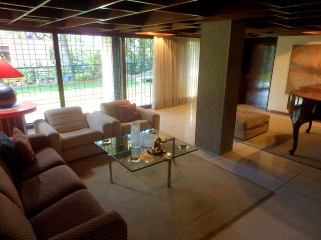 Casa Distrito Metropolitano>Caracas>Valle Arriba - Venta:1.475.099.000.000 Precio Referencial - codigo: 14-3995