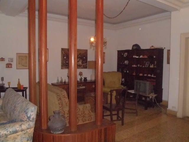 Casa Distrito Metropolitano>Caracas>Alta Florida - Venta:126.051.000.000 Precio Referencial - codigo: 14-4038