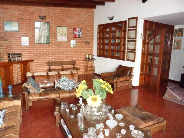 Casa Distrito Metropolitano>Caracas>Alto Prado - Venta:240.000 Precio Referencial - codigo: 14-4067