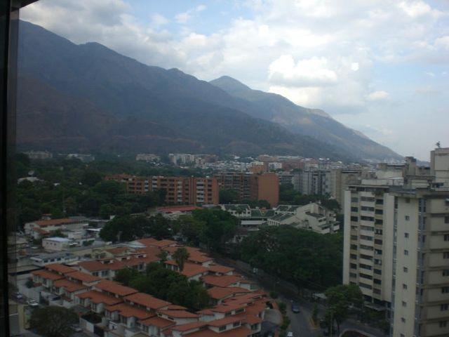 Apartamento Distrito Metropolitano>Caracas>Los Dos Caminos - Venta:161.842.000.000 Precio Referencial - codigo: 14-4225