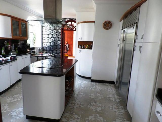Casa Distrito Metropolitano>Caracas>La Trinidad - Venta:953.229.000.000 Precio Referencial - codigo: 14-4267