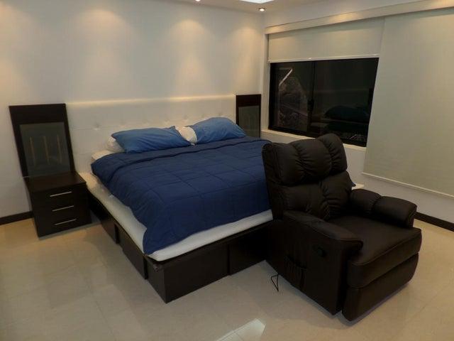 Casa Distrito Metropolitano>Caracas>Oripoto - Venta:351.186.000.000 Precio Referencial - codigo: 14-4271
