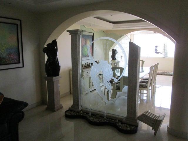 Casa Distrito Metropolitano>Caracas>Macaracuay - Venta:256.539.000.000 Precio Referencial - codigo: 14-4566