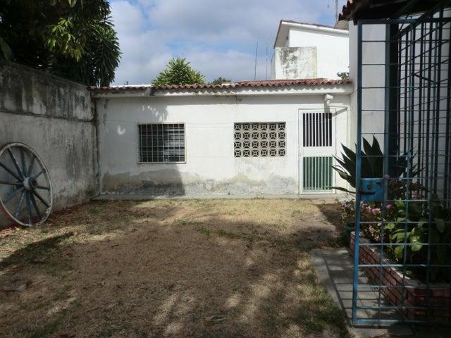 Casa Distrito Metropolitano>Caracas>Colinas de Vista Alegre - Venta:41.441.000.000 Bolivares - codigo: 14-4781