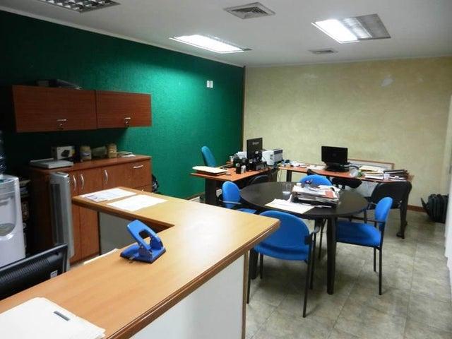 Oficina Distrito Metropolitano>Caracas>Prado Humboldt - Venta:15.887.000.000 Precio Referencial - codigo: 14-4835