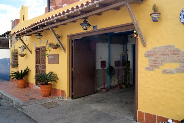 Local Comercial Distrito Metropolitano>Caracas>Boleita Sur - Venta:184.611.000.000 Bolivares - codigo: 14-4936