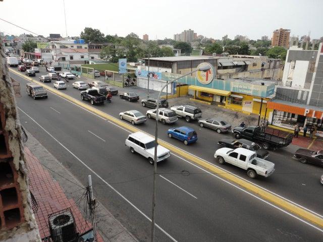 Local Comercial Zulia>Maracaibo>La Limpia - Venta:19.500.000.000 Bolivares - codigo: 14-4967