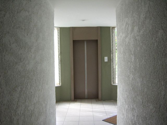 Apartamento Distrito Metropolitano>Caracas>Lomas de Las Mercedes - Venta:15.791.000.000 Bolivares Fuertes - codigo: 14-5438