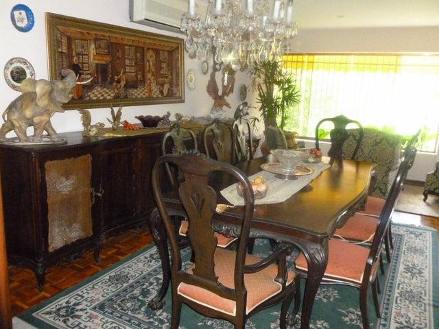 Apartamento Distrito Metropolitano>Caracas>El Cafetal - Venta:294.581.000.000 Precio Referencial - codigo: 14-5679