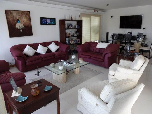 Casa Distrito Metropolitano>Caracas>Colinas de Santa Monica - Venta:101.843.000.000 Bolivares - codigo: 14-5967