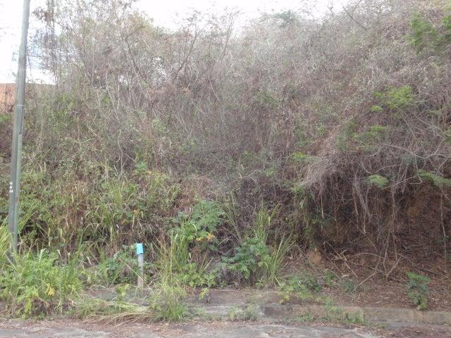 Terreno Distrito Metropolitano>Caracas>Bosques de la Lagunita - Venta:109.931.000.000 Precio Referencial - codigo: 14-5616