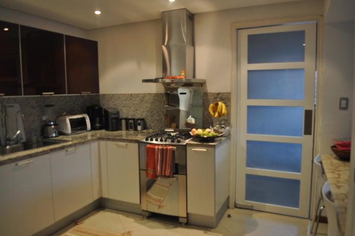 Apartamento Distrito Metropolitano>Caracas>Las Esmeraldas - Venta:28.768.000 Precio Referencial - codigo: 14-5925