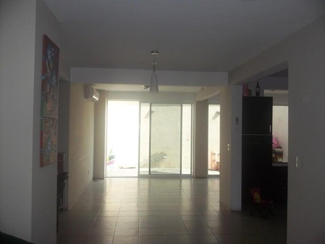 Casa Lara>Barquisimeto>Ciudad Roca - Venta:165.000.000 Bolivares - codigo: 14-5945