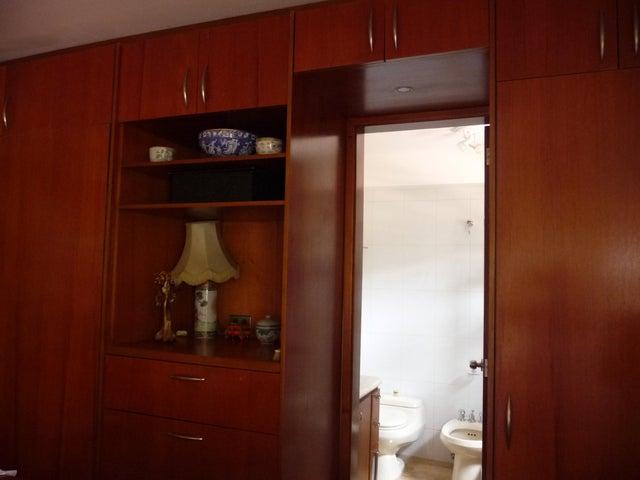 Apartamento Distrito Metropolitano>Caracas>Oripoto - Venta:79.394.000.000 Precio Referencial - codigo: 14-5953