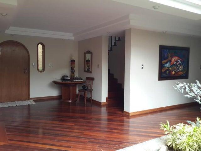 Casa Distrito Metropolitano>Caracas>Santa Marta - Venta:317.743.000.000 Precio Referencial - codigo: 14-5983