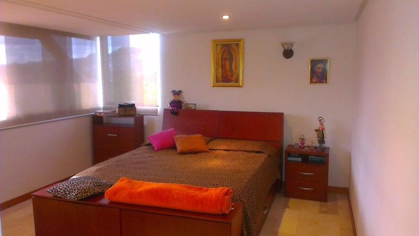Casa Distrito Metropolitano>Caracas>El Hatillo - Venta:232.955.000.000 Precio Referencial - codigo: 14-2472