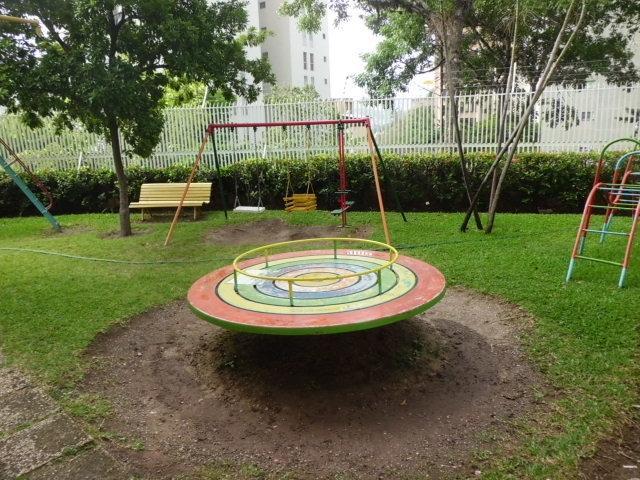 Apartamento Distrito Metropolitano>Caracas>La Urbina - Venta:31.582.000.000 Bolivares Fuertes - codigo: 14-6079