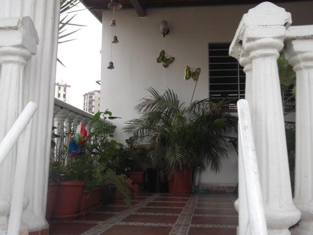 Casa Carabobo>Municipio Naguanagua>Las Quintas - Venta:145.000.000 Bolivares - codigo: 14-6325