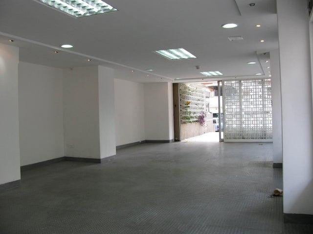 Local Comercial Distrito Metropolitano>Caracas>Los Palos Grandes - Venta:420.000 Precio Referencial - codigo: 14-6274