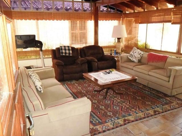 Casa Distrito Metropolitano>Caracas>Macaracuay - Venta:369.326.000.000 Precio Referencial - codigo: 14-6251