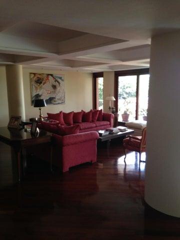 Apartamento Distrito Metropolitano>Caracas>Altamira - Venta:1.188.721.000.000 Precio Referencial - codigo: 14-6275