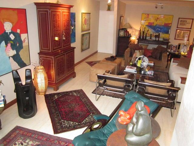 Apartamento Distrito Metropolitano>Caracas>La Boyera - Venta:195.000 Precio Referencial - codigo: 14-6349