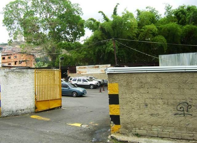 Terreno Distrito Metropolitano>Caracas>Municipio Baruta - Venta:172.671.000.000 Bolivares - codigo: 14-6345