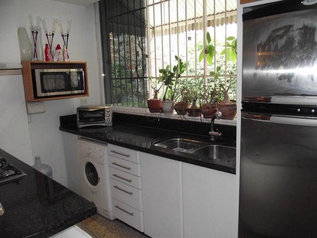 Apartamento Distrito Metropolitano>Caracas>Mariperez - Venta:11.547.000.000 Bolivares Fuertes - codigo: 14-6422