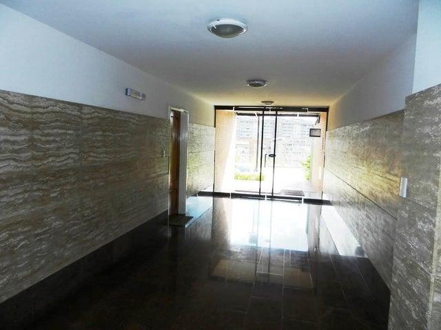 Apartamento Distrito Metropolitano>Caracas>Colinas de La Tahona - Venta:12.925.000.000 Bolivares Fuertes - codigo: 14-6411