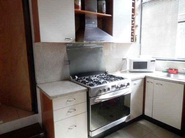 Casa Distrito Metropolitano>Caracas>Cumbres de Curumo - Venta:57.691.000.000 Bolivares - codigo: 14-6438