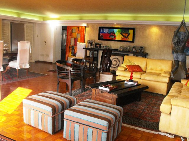 Apartamento Distrito Metropolitano>Caracas>Los Naranjos del Cafetal - Venta:256.539.000.000 Precio Referencial - codigo: 14-6541