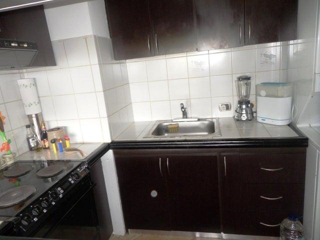 Apartamento Vargas>Parroquia Caraballeda>Caribe - Venta:12.663.000.000 Bolivares Fuertes - codigo: 14-6858