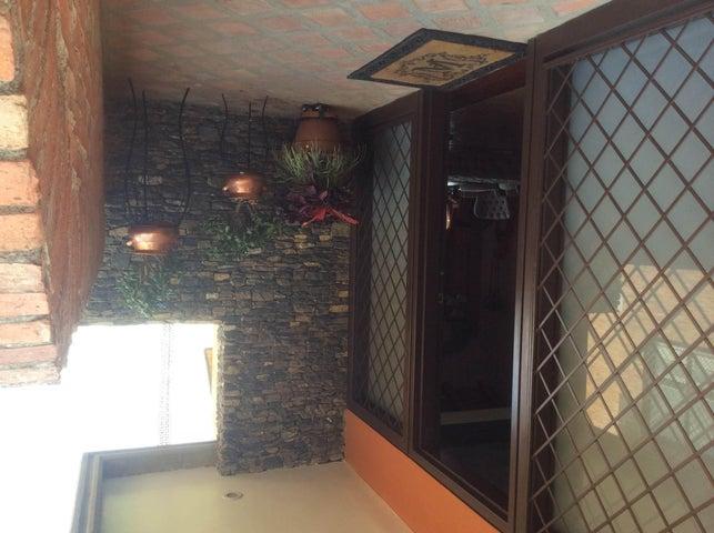 Casa Distrito Metropolitano>Caracas>Alto Hatillo - Venta:835.380.000.000 Precio Referencial - codigo: 14-6774