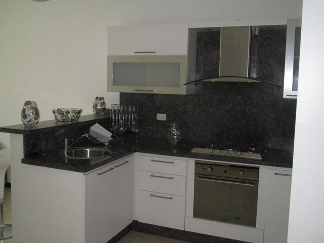 Apartamento Distrito Metropolitano>Caracas>La Castellana - Venta:59.780.000.000 Bolivares Fuertes - codigo: 14-6909