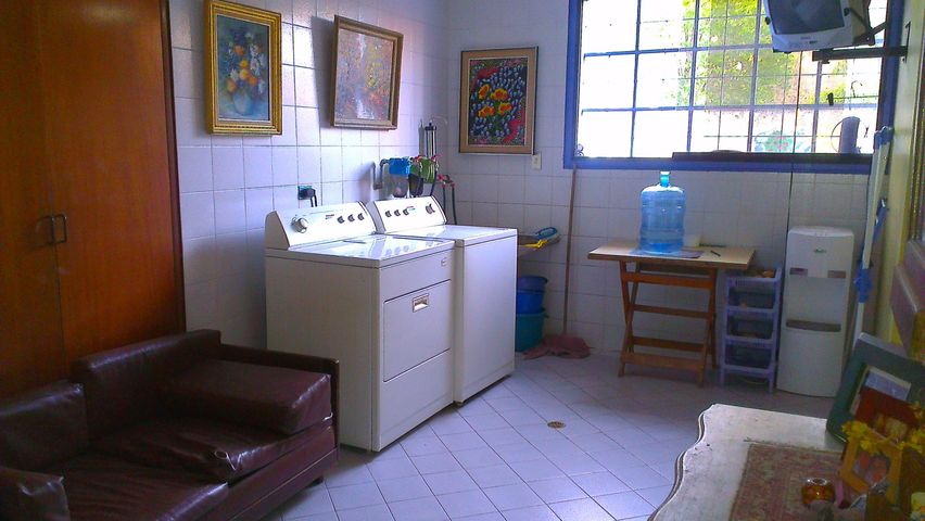 Casa Distrito Metropolitano>Caracas>Los Campitos - Venta:800.000 Precio Referencial - codigo: 14-6921