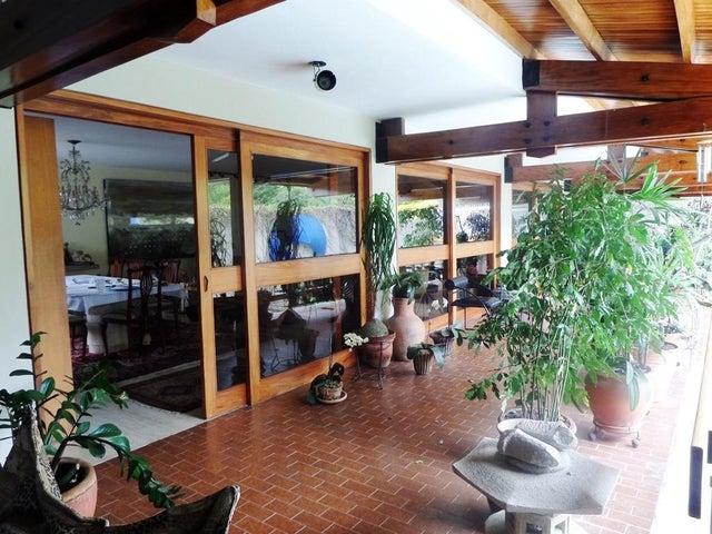 Casa Distrito Metropolitano>Caracas>Prados del Este - Venta:440.128.000.000 Precio Referencial - codigo: 14-6983