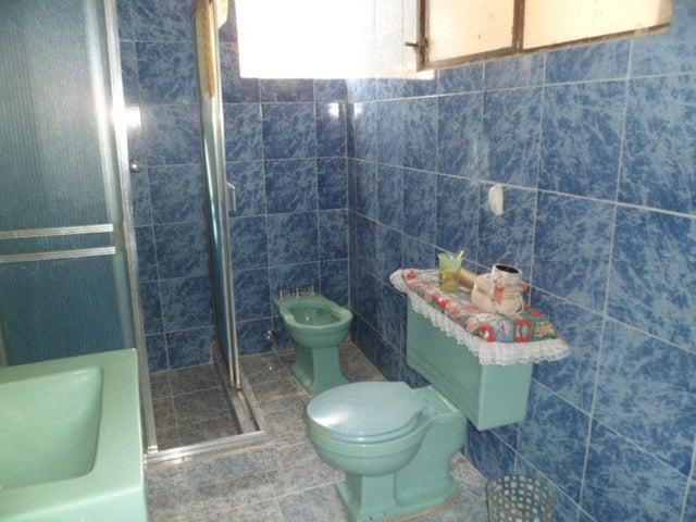 Apartamento Distrito Metropolitano>Caracas>Los Palos Grandes - Venta:366.435.000.000  - codigo: 14-7198