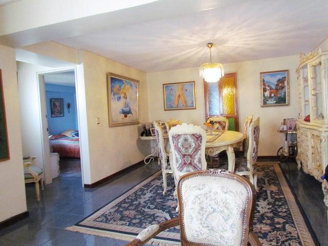 Apartamento Distrito Metropolitano>Caracas>La Florida - Venta:395.706.000.000 Precio Referencial - codigo: 14-7227