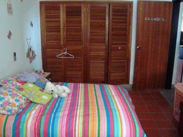 Casa Distrito Metropolitano>Caracas>Santa Eduvigis - Venta:104.727.000.000 Bolivares - codigo: 14-7305