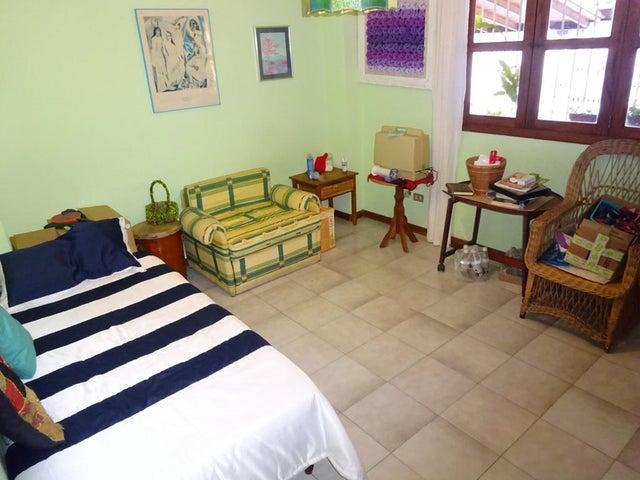 Casa Distrito Metropolitano>Caracas>Santa Paula - Venta:550.000 US Dollar - codigo: 14-7551