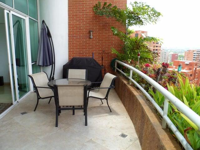 Apartamento Distrito Metropolitano>Caracas>El Rosal - Venta:162.909.000.000 Bolivares Fuertes - codigo: 14-7587