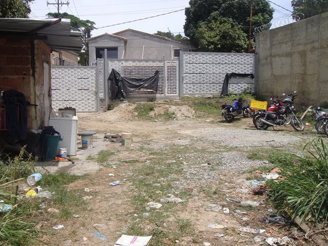 Terreno Distrito Metropolitano>Caracas>Alta Florida - Venta:67.895.000.000 Bolivares - codigo: 14-7588
