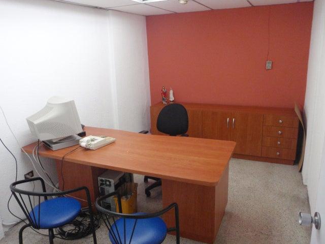 Local Comercial Distrito Metropolitano>Caracas>Parroquia Santa Teresa - Venta:383.112.000.000 Precio Referencial - codigo: 14-7652