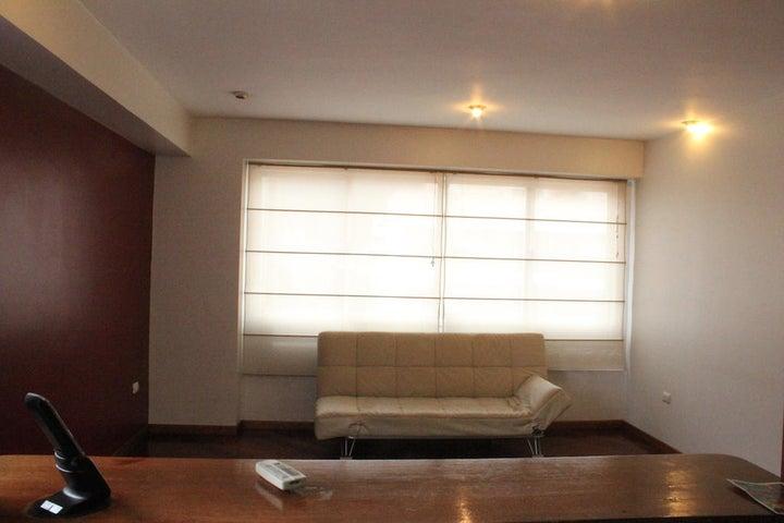 Apartamento Distrito Metropolitano>Caracas>La Campiña - Venta:13.164.000.000 Bolivares Fuertes - codigo: 14-7655