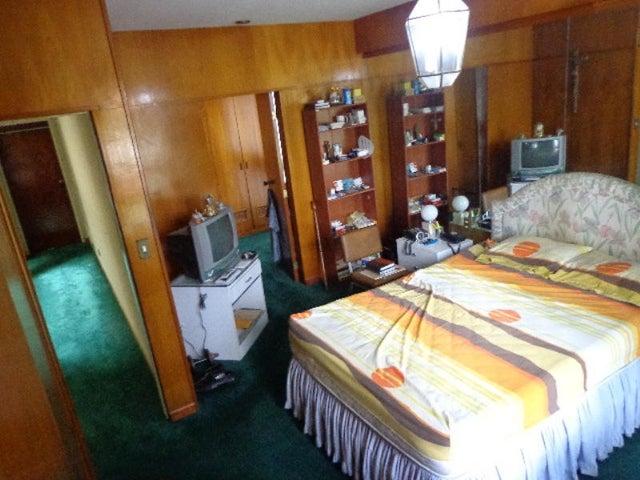 Casa Distrito Metropolitano>Caracas>La Lagunita Country Club - Venta:278.371.000.000 Precio Referencial - codigo: 14-7739