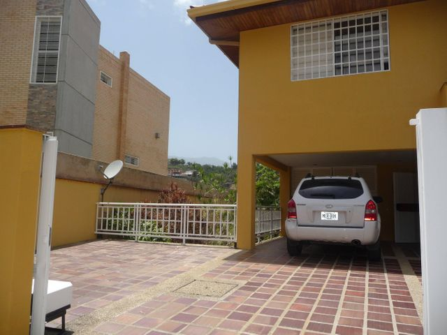 Casa Distrito Metropolitano>Caracas>Los Samanes - Venta:274.827.000.000 Precio Referencial - codigo: 14-7765