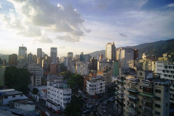Local Comercial Distrito Metropolitano>Caracas>Bello Monte - Venta:31.297.000.000 Precio Referencial - codigo: 14-7803
