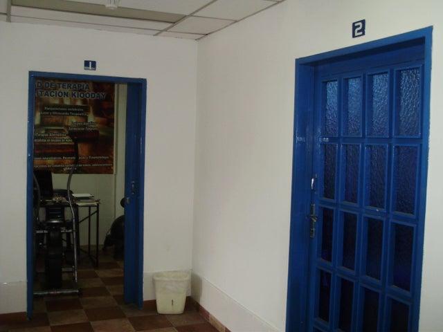 Oficina Miranda>Los Teques>Municipio Guaicaipuro - Alquiler:40 US Dollar - codigo: 14-7918